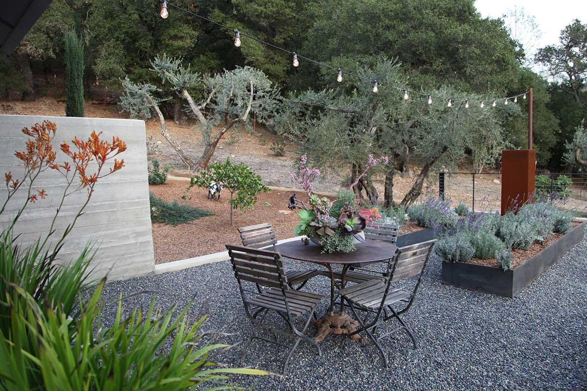 napa-style-backyard-four